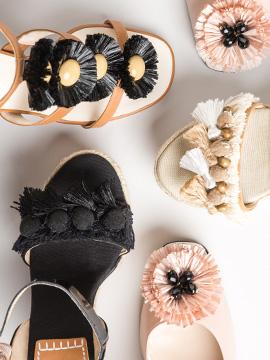 montaje zapatos adornos rafia